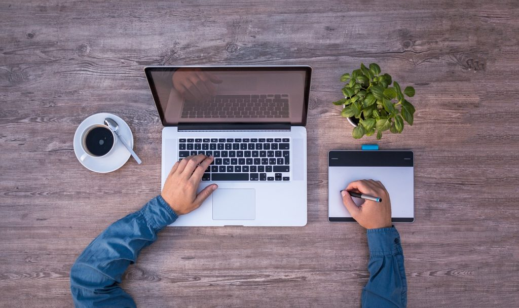 Szkolenia BHP wformie e-learningu